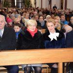 Wierni na mszy świętej w kościele pw. Świętego Mikołaja