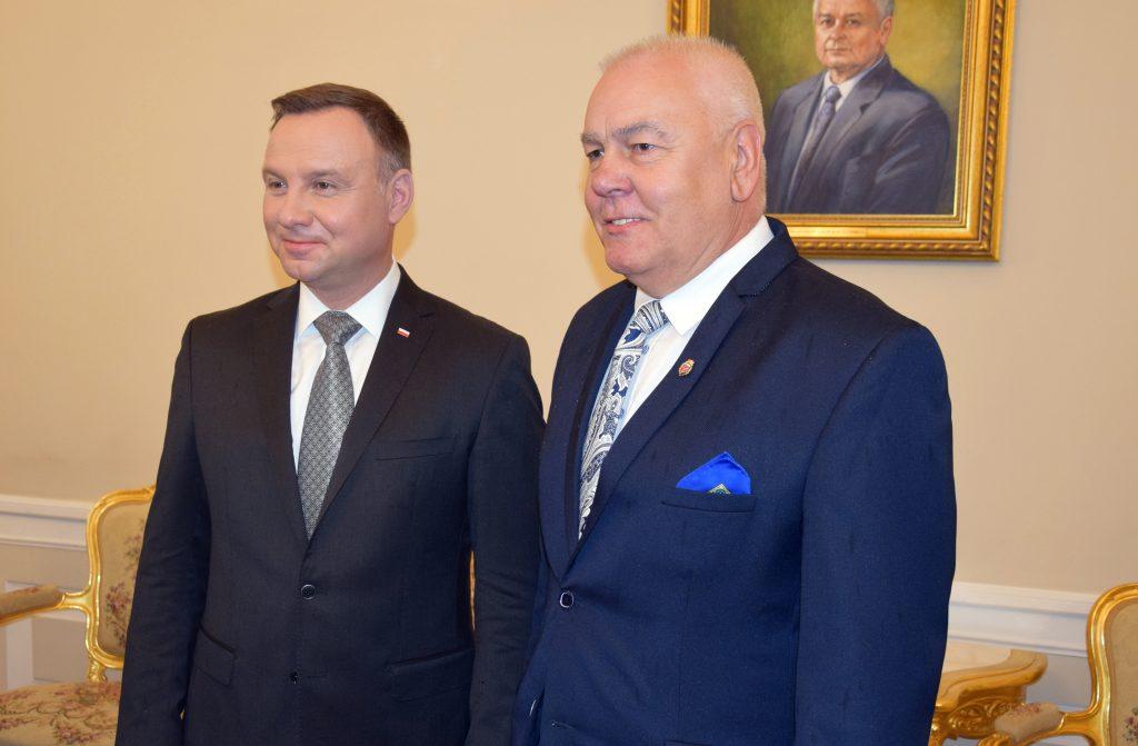 Prezydent RP Andrzej Duda i Starosta Powiatu Brzeskiego Maciej Stefański