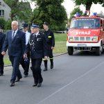 Przematrsz strażaków i zaproszonych gości z kościoła do strażnicy