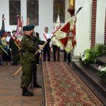 Poczty sztandarowe podczas uroczystej mszy świętej, która odprawiona została w kościele pw. Świętego Mikołaja w 227 rocznicę uchwalenia Konstytucji 3 Maja